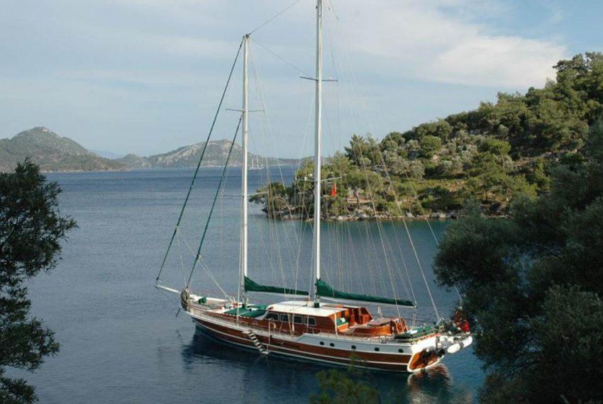 12 Islands Yacht Charter