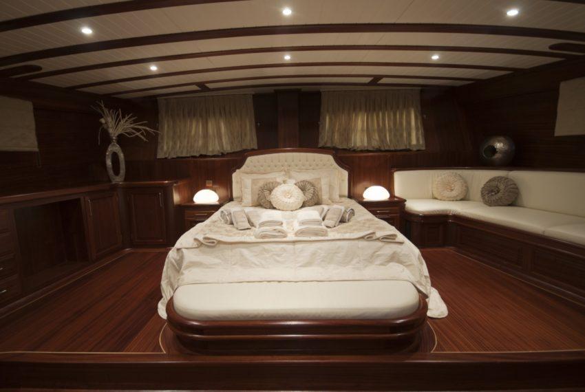 Arif Kaptan A Gulet Luxury Bodrum Yacht Charter 6 Cabins Air Condition