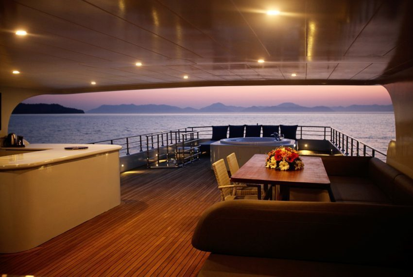 Yacht Charter in Turkey with Trawler (Motor Yacht ) Simay S