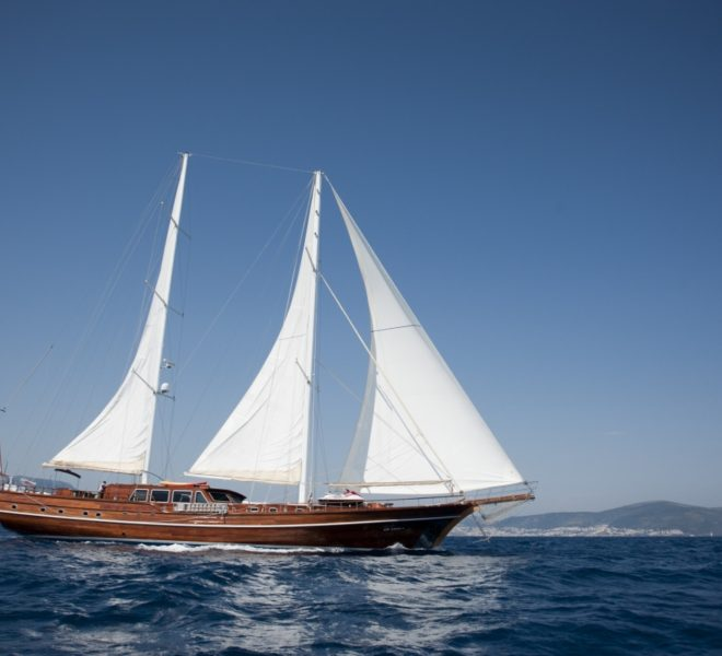 Arif Kaptan A Gulet Luxury Bodrum Yacht Charter 6 Cabins Air Condition