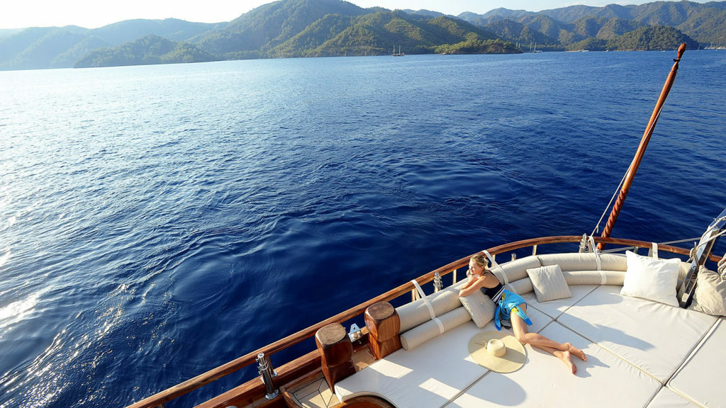 Why Yacht Charter?