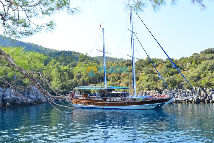 Gulet Yacht Charter Ceylan 12