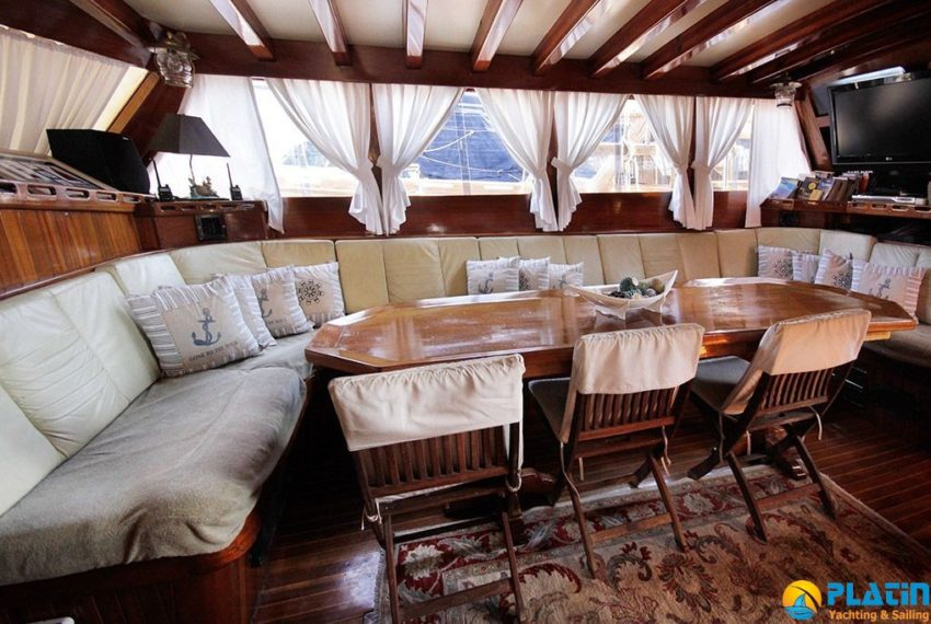 bodrum-crewed-yacht-charter-7