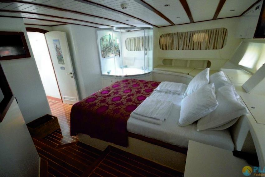 Gul sultan Rent Yacht Gulet Boat Charter Turkey 15