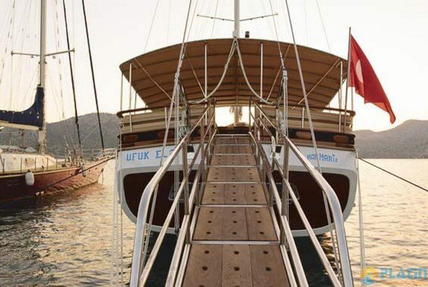 Ufuk ELa Yacht Gulet Charter in Marmaris 06