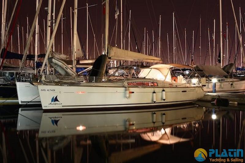 Bavaria 42 Bareboat Rental Turkey 10