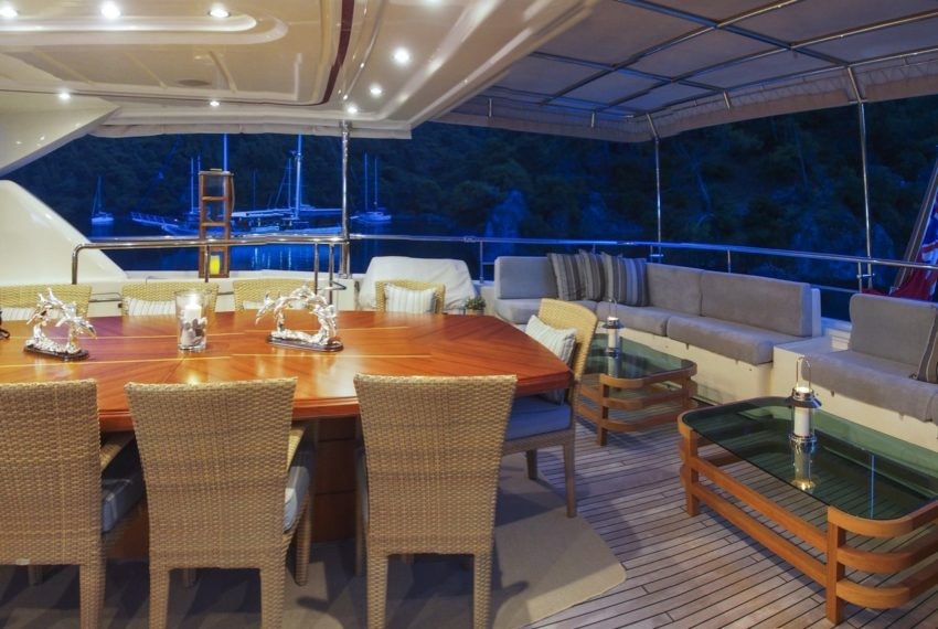 Ariela Motoryacht Motor Yacht 02