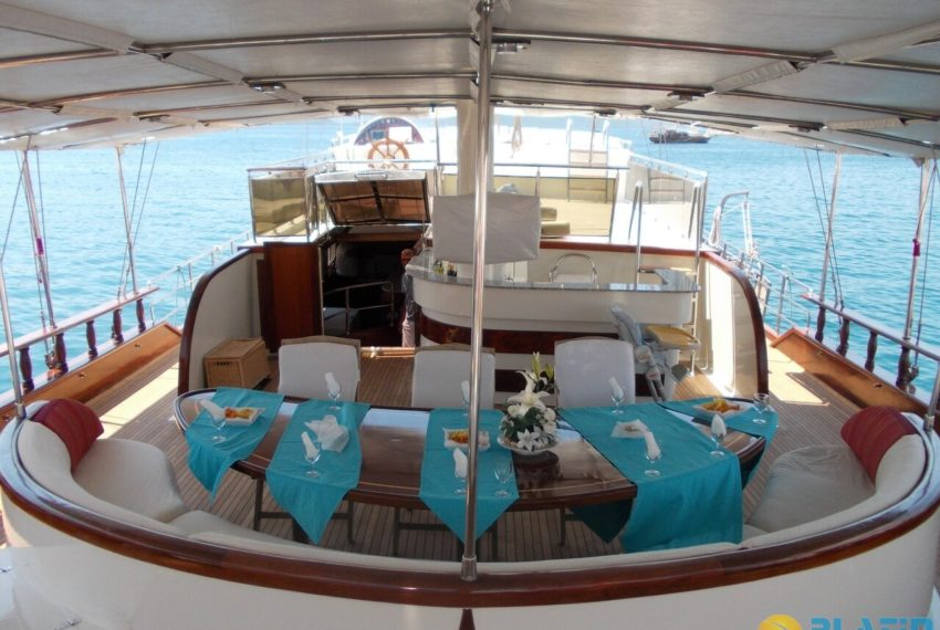 Berrak Su Gulet Yacht 10