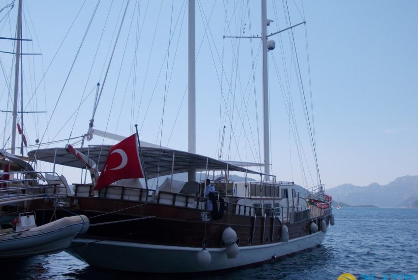 Berrak Su Gulet Yacht 12