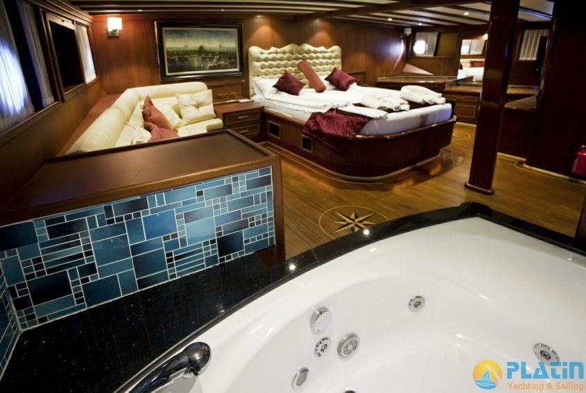Berrak Su Gulet Yacht 18