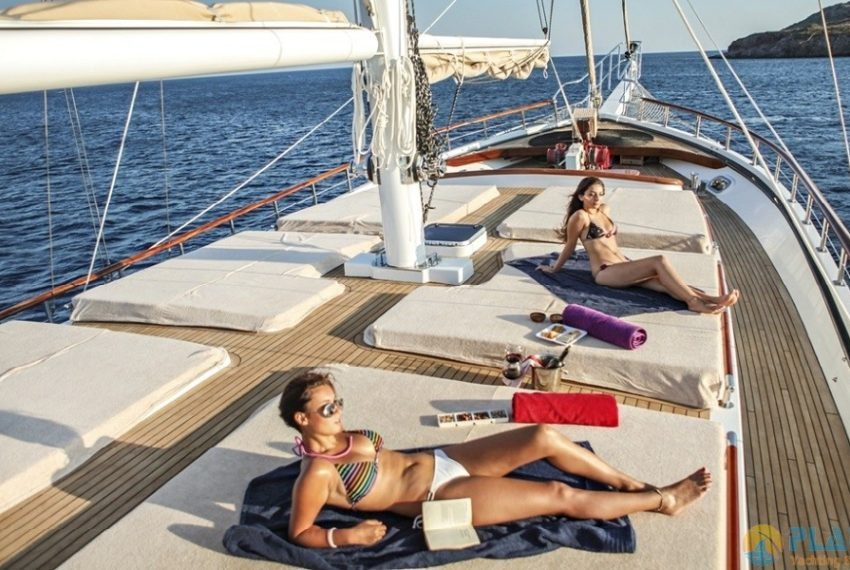 Oguz Bey Gulet Yacht Caicco 25